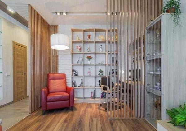 Vách ngăn phòng khách và bếp bằng rèm gỗ