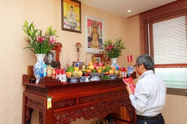 Cách xem ngày tốt để chuyển bàn thờ sang vị trí khác trong nhà
