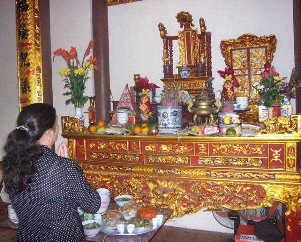 Thủ tục, sắm lễ chuyển bàn thờ sang vị trí khác trong nhà